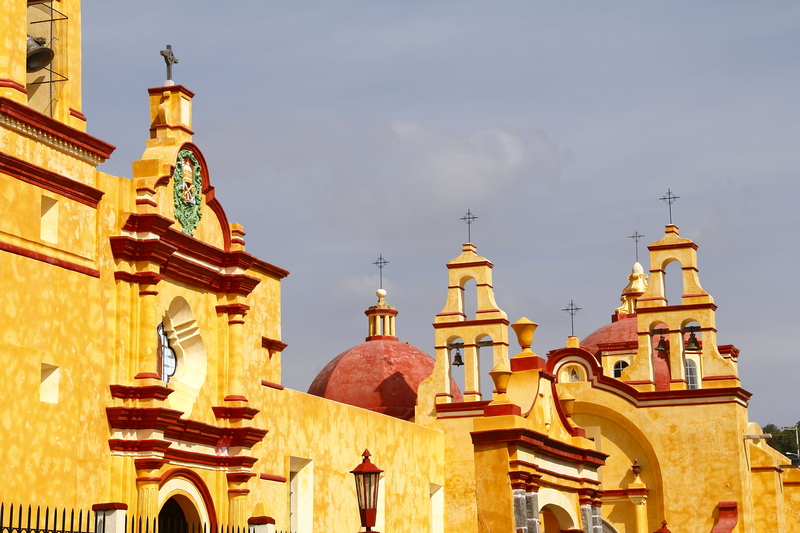 Principal church of the town of Ixtacuixtla, located in the Mexican State of Tlaxcala.