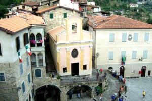 Apricale piazza, Liguria, Italy