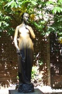 Juliet statue Verona, Italy